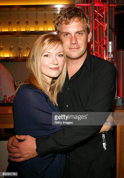 Johanna Christine Gehlen and Sebastian Bezzel attend the Hamburger Director's Cut on October 2 2008 in Hamburg Germany