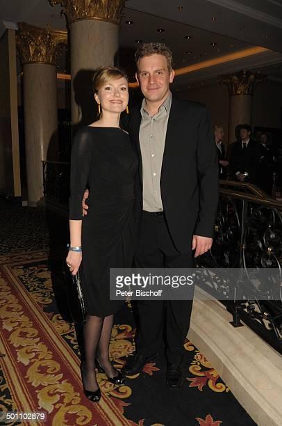 Johanna Christine Gehlen Ehemann Sebastian Bezzel Gala Movie meets Media Internationale Filmfestspiele 60 Berlinale Hotel Ritz Carlton Berlin...