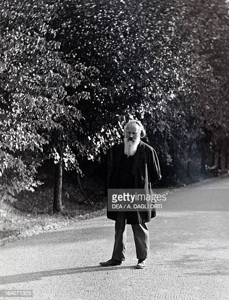 Johannes Brahms German composer pianist and conductor walking in the streets of Gmunden Austria Vienna Historisches Museum Der Stadt Wien