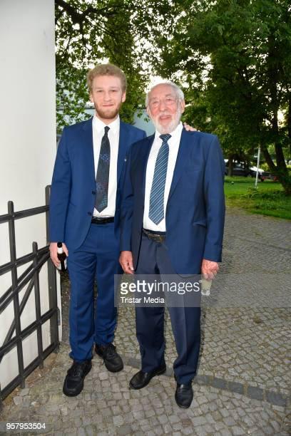 Johannes Hallervorden and his father Dieter Hallervorden attend the premiere of 'Kasimir und Kaukasus' on May 12 2018 in Berlin Germany