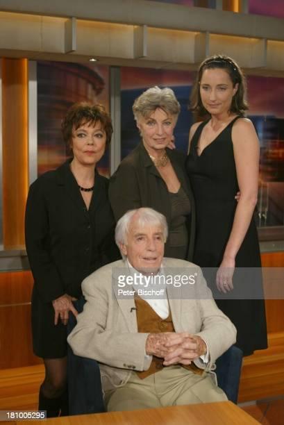 "Johannes Heesters , Ehefrau Simone Rethel-Heesters , Tochter Nicole Heesters , Enkelin Saskia Fischer ,;ZDF-Talkshow ""J o h a n n e s B . K e r n e r..."