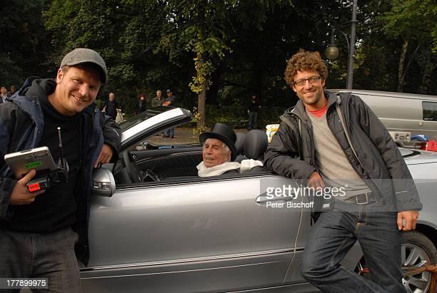 Johannes Heesters RegisseurDuo Micky Warwick InternetMusikVideo für AutoLeasingKampagne für Sixt 2008 BerlinTreptow Deutschland Europa Werbung Auto...