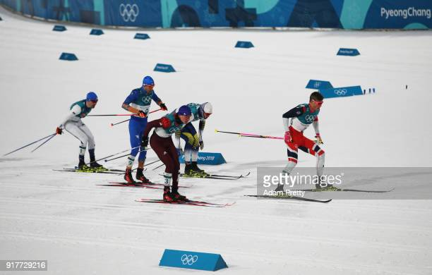 Johannes Hoesflot Klaebo of Norway leads the field during the Cross-Country Men's Sprint Classic Final on day four of the PyeongChang 2018 Winter...
