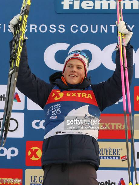 Johannes Hoesflot Klaebo of Norway takes 1st place during the FIS Nordic World Cup Men's and Women's Cross Country Classic Mass Start on January 5...