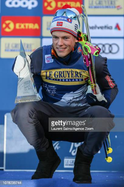 Johannes Hoesflot Klaebo of Norway takes 1st place during the FIS Nordic World Cup Men's and Women's Cross Country Final Climb on January 6, 2019 in...