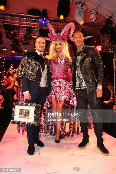 "Johannes Laschet, Rosanna Davison, daughter of Chris de Burg Model Jeremy Meeks during the Lambertz Monday Night 2020 ""Wild Chocolate Party"" on..."