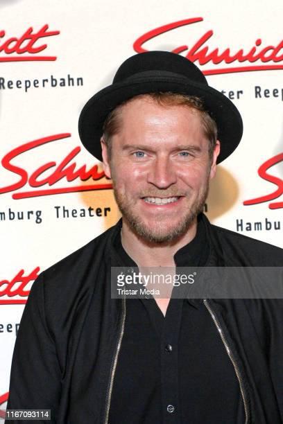 Johannes Oerding attends the Nutten Koks und frische Erdbeeren benefit show at Tivoli Theater on September 9 2019 in Hamburg Germany