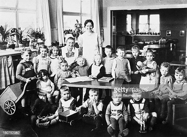 Johannes RAU in the kindergarden