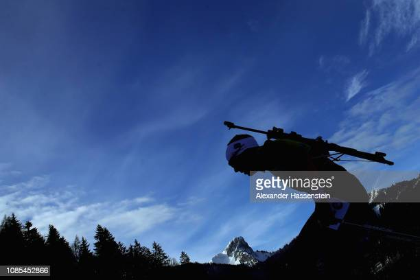 Johannes Thingnes Boe of Norway comeptes in the Men 15 km Mass Start during the IBU Biathlon World Cup at Chiemgau Arena on January 20, 2019 in...