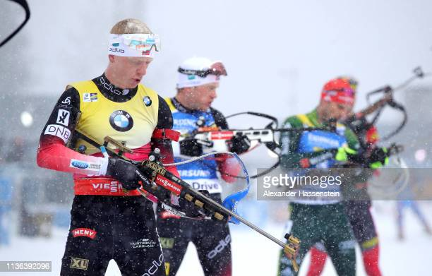 Johannes Thingnes Boe of Norway prepares to shoot in the Men's Mass Start at the IBU Biathlon World Championships on March 17 2019 in Ostersund Sweden
