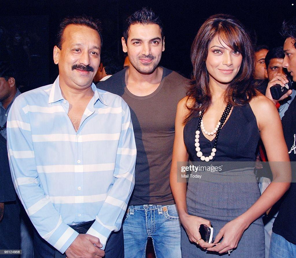 John Abraham and Bipasha Basu at an event in Mumbai on Tuesday December 22 2009