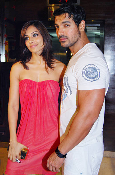 John Abraham and Bipasha Basu at the premiere of the film `Jhootha Hee Sahee` in Mumbai on October 21 2010