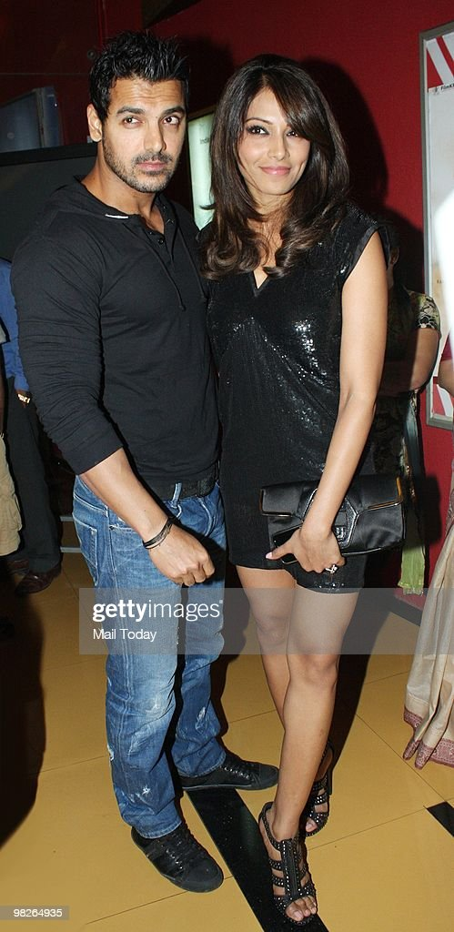 John Abraham and Bipasha Basu at the premiere of the film Pankh in Mumbai on April 1 2010