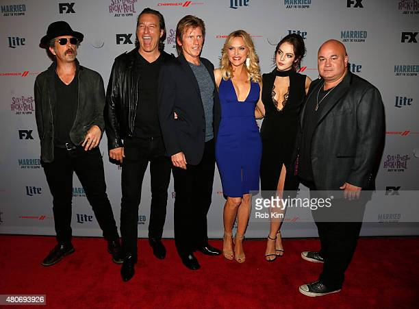 John Ales John Corbett Denis Leary Elaine Hendrix Elizabeth Gillies and Robert Kelly attend the New York Series Premiere of SexDrugsRockRoll at the...