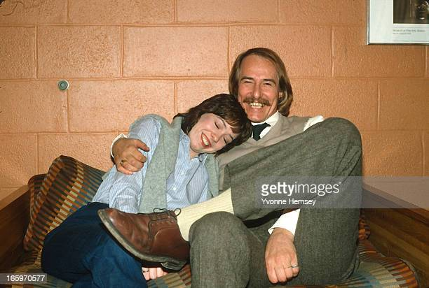 John and Mackenzie Phillips pose for a photograph December 1 1980 while in drug rehab at Fair Oaks Hospital in Summit New Jersey