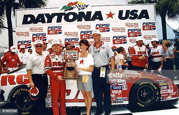 John Andretti driving Cale Yarboroughs No 98 Ford became the last driver to win the Pepsi 400 at Daytona in the daytime It was Yarboroughs first and...