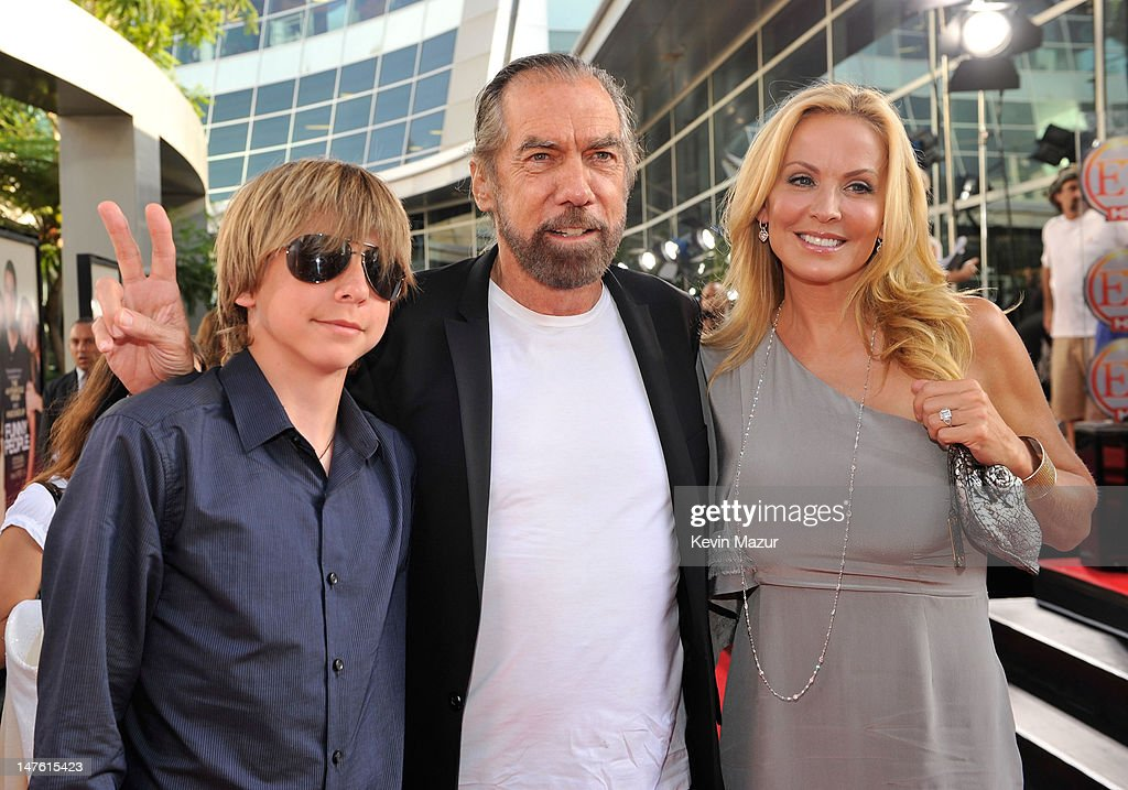 Funny People Los Angeles Premiere - Red Carpet : News Photo
