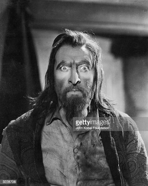 John Barrymore plays the hypnotic musical maestro in 'Svengali' directed by Archie Mayo