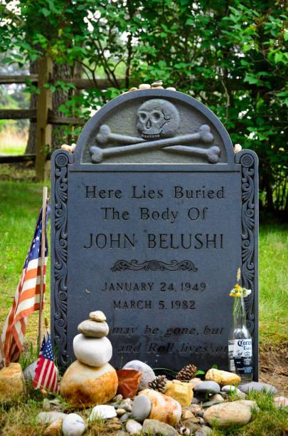 John Belushi Tombstone