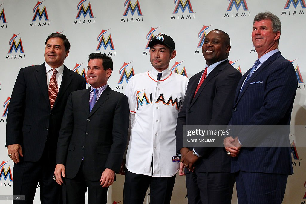 John Boggs, agent, David Samson, President Miami Marlins, Ichiro Suzuki, Michael Hill, President Baseball Operations Miami Marlins and Dan Jennings, Vice President and General Manager Miami Marlins pose for photographers during the press conference at the Capitol Hotel Tokyu on January 29, 2015 in Tokyo, Japan. Ichiro Suzuki, a 41-year-old outfielder with nearly 3,000 hits, has finalized a $2-million, one-year contract with the Miami Marlins.