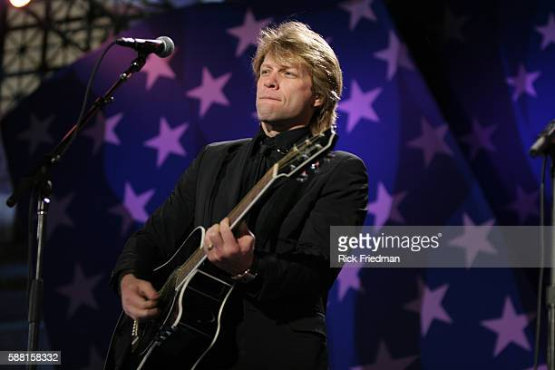 John Bon Jovi performs during the John Kerry Election night event in Copley Square