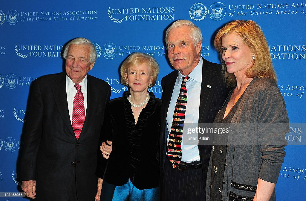 2010 Global Leadership Dinner : News Photo