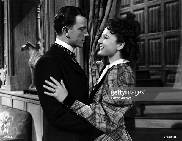 John Clements and June Duprez feature in a scene from the film The Four Feathers' directed by Zoltan Korda for London Films