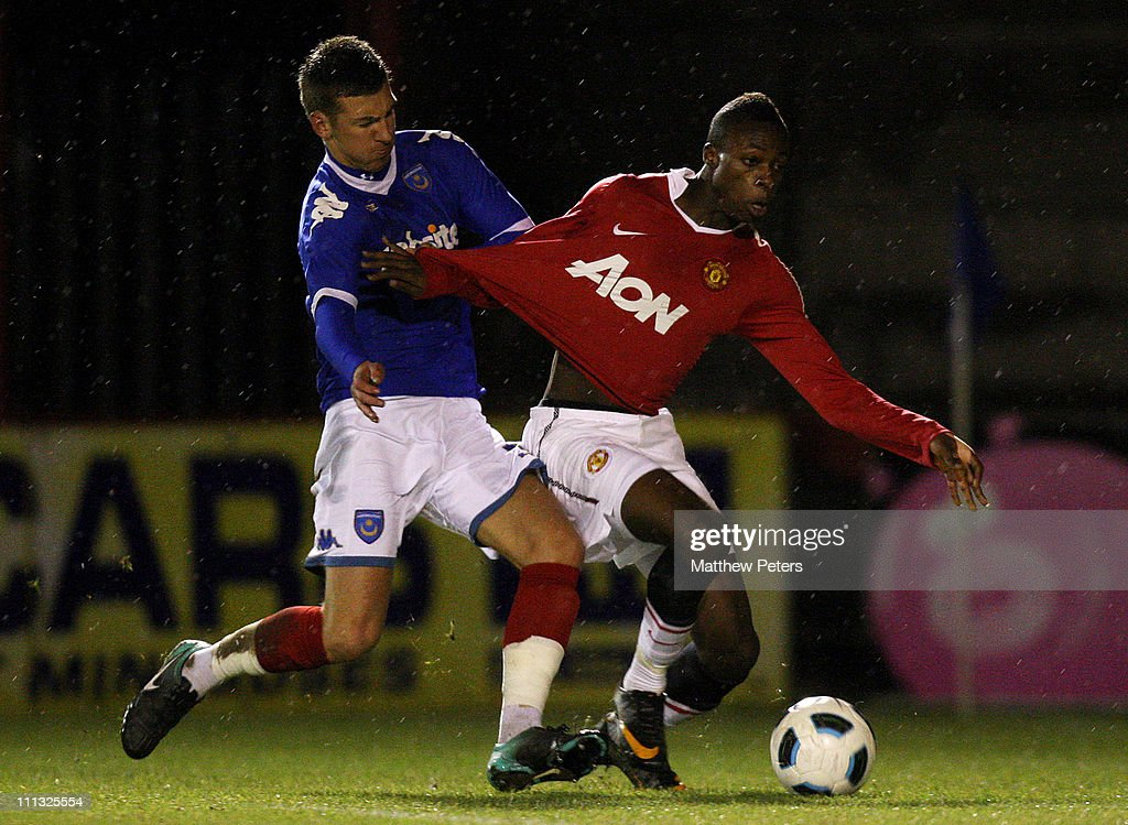 Manchester United v Portsmouth - FA Youth Cup 3rd Round : News Photo