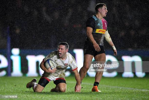 John Cooney of Ulster scores a try during the Heineken Champions Cup Round 4 match between Harlequins and Ulster Rugby at Twickenham Stoop on...