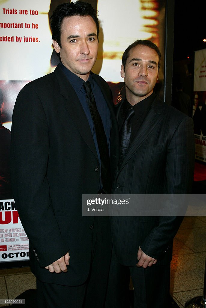 """Runaway Jury"" Los Angeles Premiere - Red Carpet : News Photo"