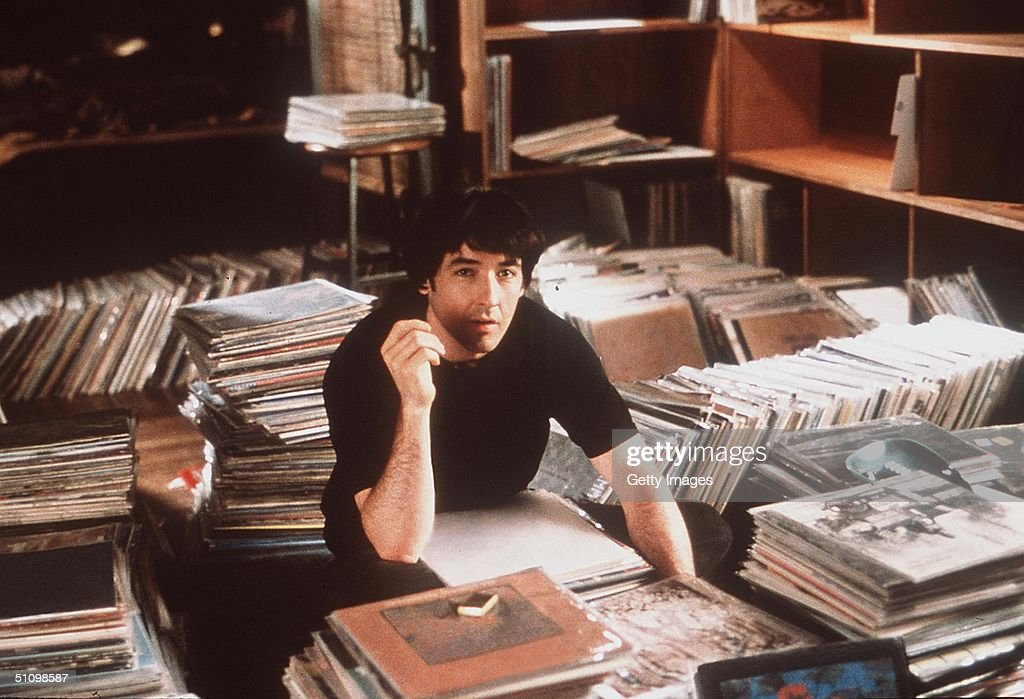John Cusack Stars In The Movie High Fidelity Photo Touchstone Pictures : News Photo