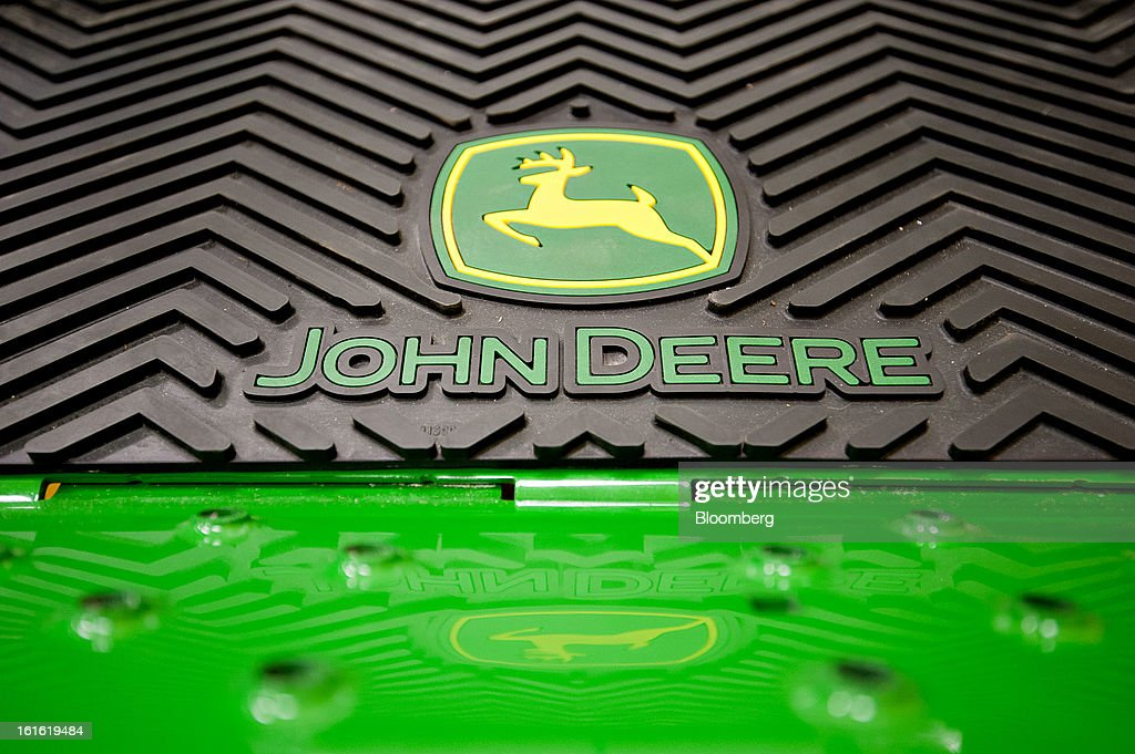 A John Deere logo appears on a zero-turn riding mower on display at Klein Equipment, a John Deere dealership in Galesburg, Illinois, U.S., on Tuesday, Feb. 12, 2013. Deere & Co., the world's largest maker of agricultural equipment, is scheduled to release quarterly earnings on Feb. 13. Photographer: Daniel Acker/Bloomberg via Getty Images