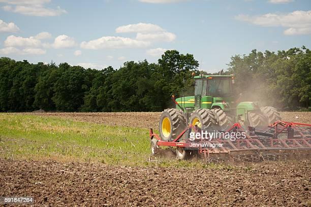 John Deere Planting Crops
