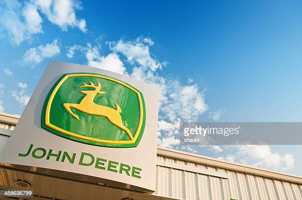 john deere store - john deere stock pictures, royalty-free photos & images