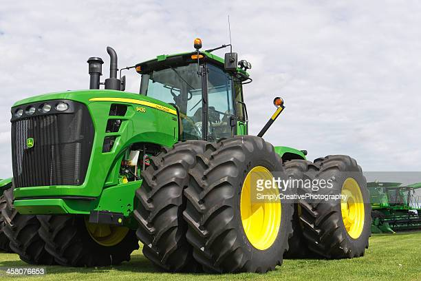john deere tractor - john deere stock pictures, royalty-free photos & images