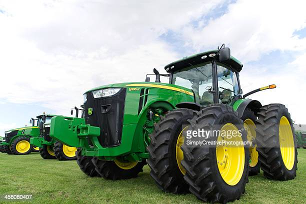 john deere tractors - john deere stock pictures, royalty-free photos & images