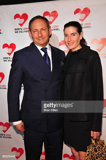 John Dempsey and Jennifer Creel attend the 2009 Golden Heart awards at the IAC Building on October 19, 2009 in New York City.
