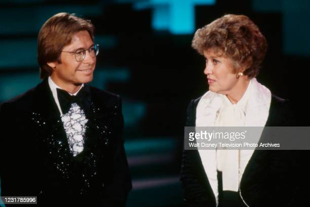 John Denver, Erma Bombeck appearing on the ABC tv special 'John Denver and the Ladies'.