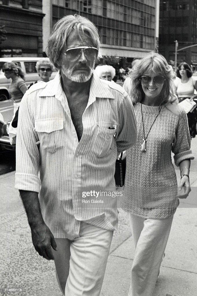 Bo Derek and John Derek Sighting at the Pierre Hotel in New York City - July 21, 1981 : ニュース写真