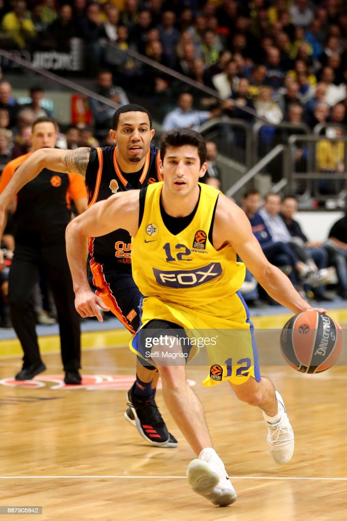 John Dibartolomeo, #12 of Maccabi Fox Tel Aviv in action during the 2017/2018 Turkish Airlines EuroLeague Regular Season Round 11 game between Maccabi Fox Tel Aviv and Valencia Basket at Menora Mivtachim Arena on December 7, 2017 in Tel Aviv, Israel.