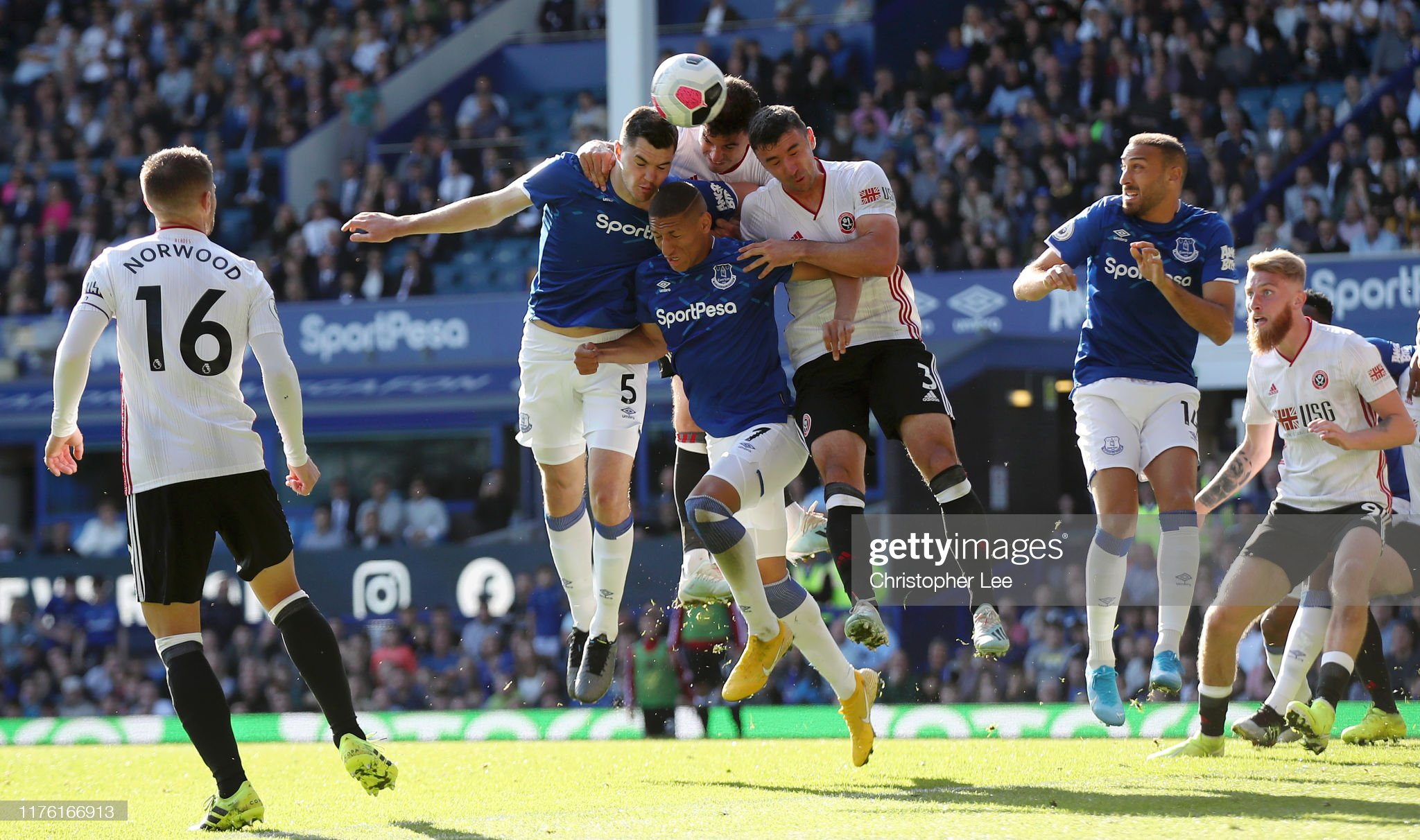 Everton FC v Sheffield United - Premier League : News Photo
