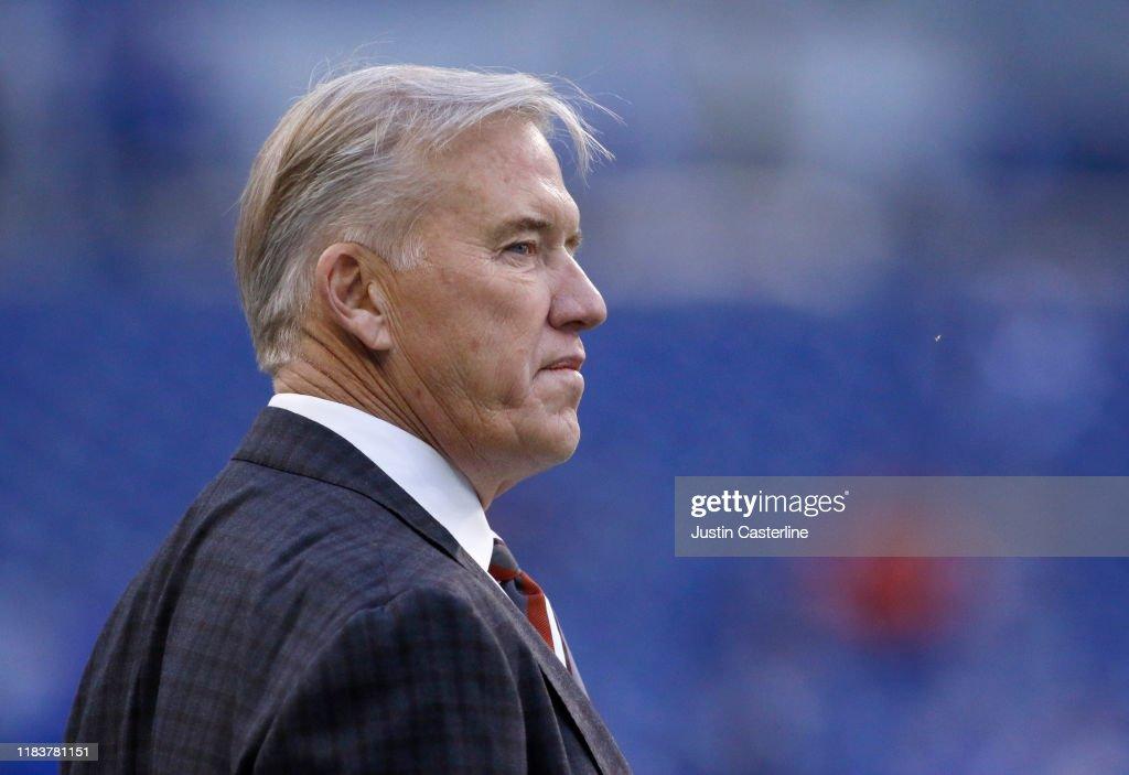 Denver Broncos vIndianapolis Colts : News Photo