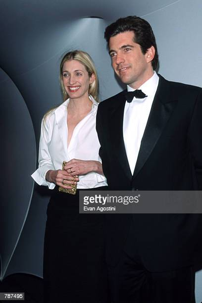 John F Kennedy Jr and his wife Carolyn Bessette pose for a picture at the Annual Fundraising Gala March 9 1999 at the Whitney Museum of American Art...