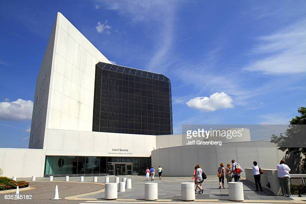 John F Kennedy Presidential Library and Museum front entrance