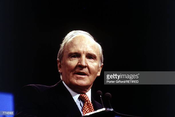 John F Welch Jr CEO of General Electric New York city December 14 1995