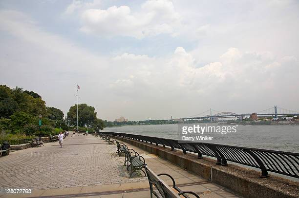 john findlay walk at carl schurz park, upper east side, new york, ny, u.s.a. - wpa stock pictures, royalty-free photos & images