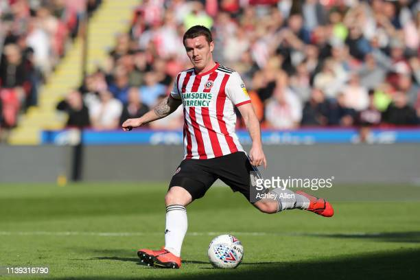 John Fleck of Sheffield crosses the ball into the box during the Sky Bet Championship match between Sheffield United and Bristol City at Bramall Lane...