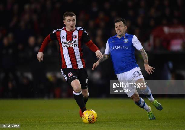 John Fleck of Sheffield United and Ross Wallace of Sheffield Wednesday in action during the Sky Bet Championship match between Sheffield United and...