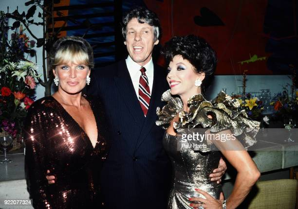 John Forsyth Linda Evans Joan Collins and clothes designer Nolan Miller Aaron at a Dynasty celebration party at a Beverly Hills Hotel on November 12...