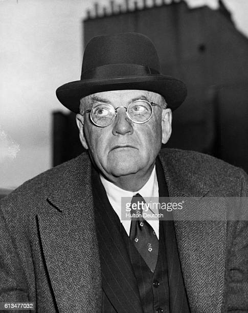 John Foster Dulles, the United States Secretary of State, arrives in Britain for talks over the Suez Canal crisis.